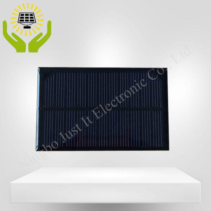 5.5V 180mA 1W 120*70mm Epoxy Resin Small Solar Panel