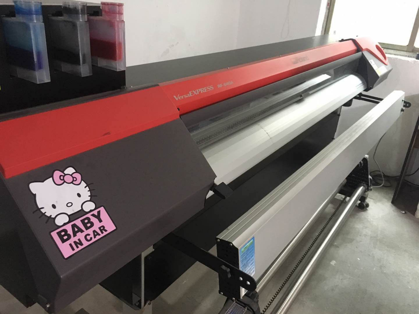 Picture of Second hand--Used Roland RF-640a eco Solvent Printer with a New DX7 Printhead