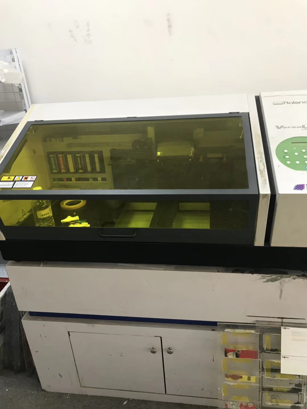 Picture of Second hand--Roland Versa Mini UV LEF-20 Printer with 3 pcs New DX4 Printhead