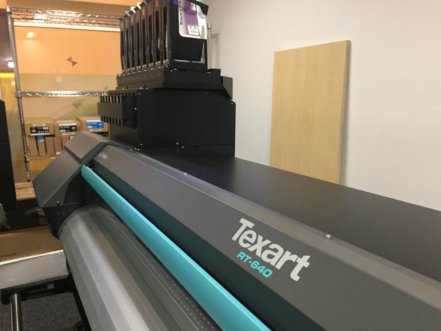 Picture of Demo Printer--Roland Texart RT640 dye subliation printer,99% new,in good condition