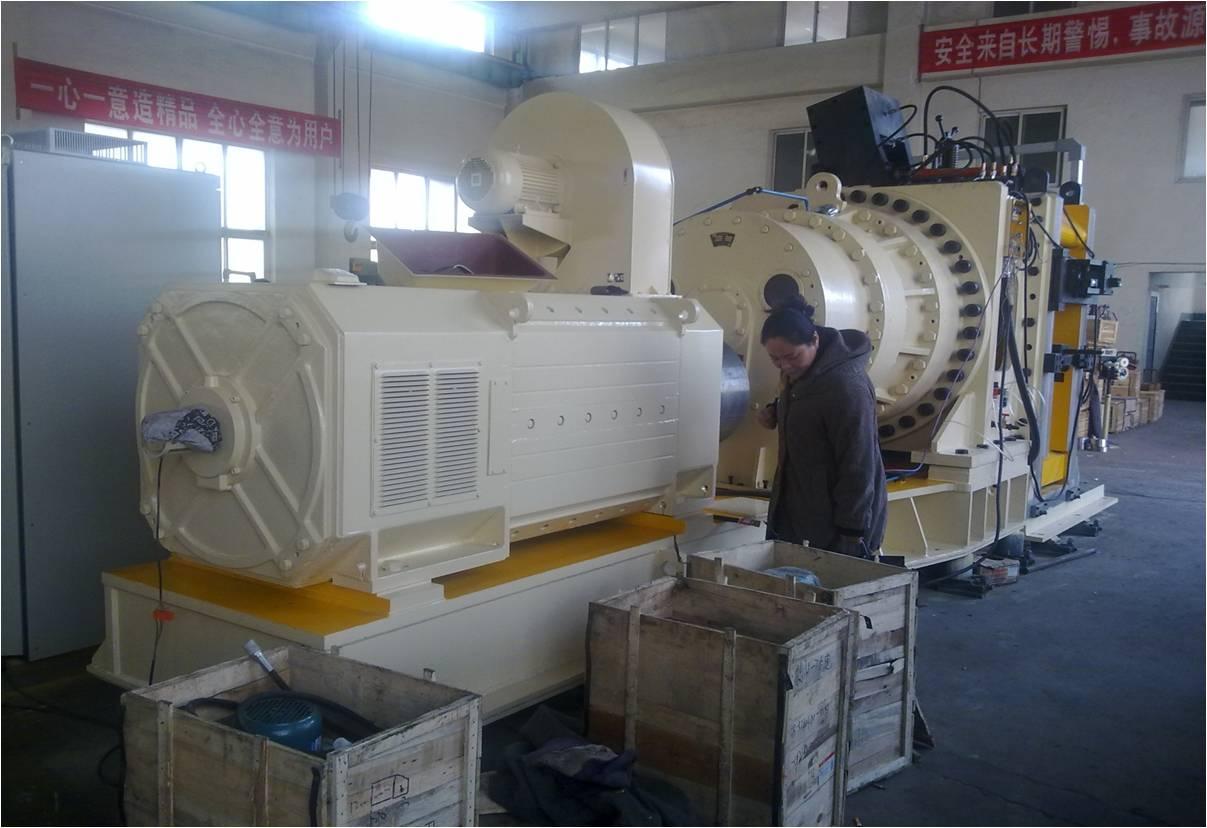 大连康丰科技有限公司出口瑞典铜材挤压设备