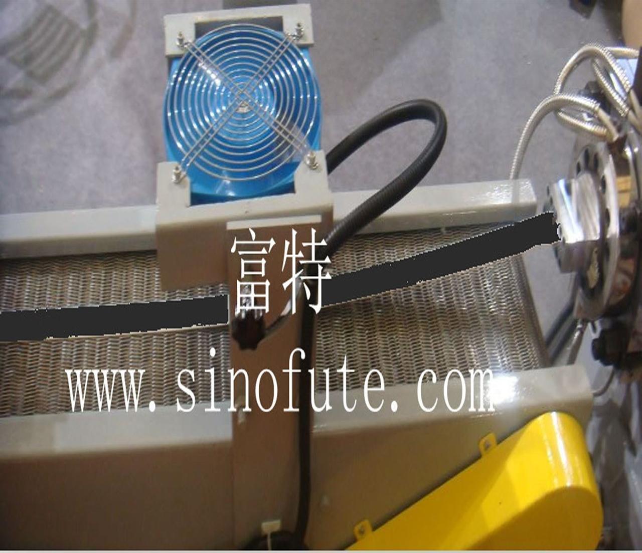 磁粉橡胶挤出生产线