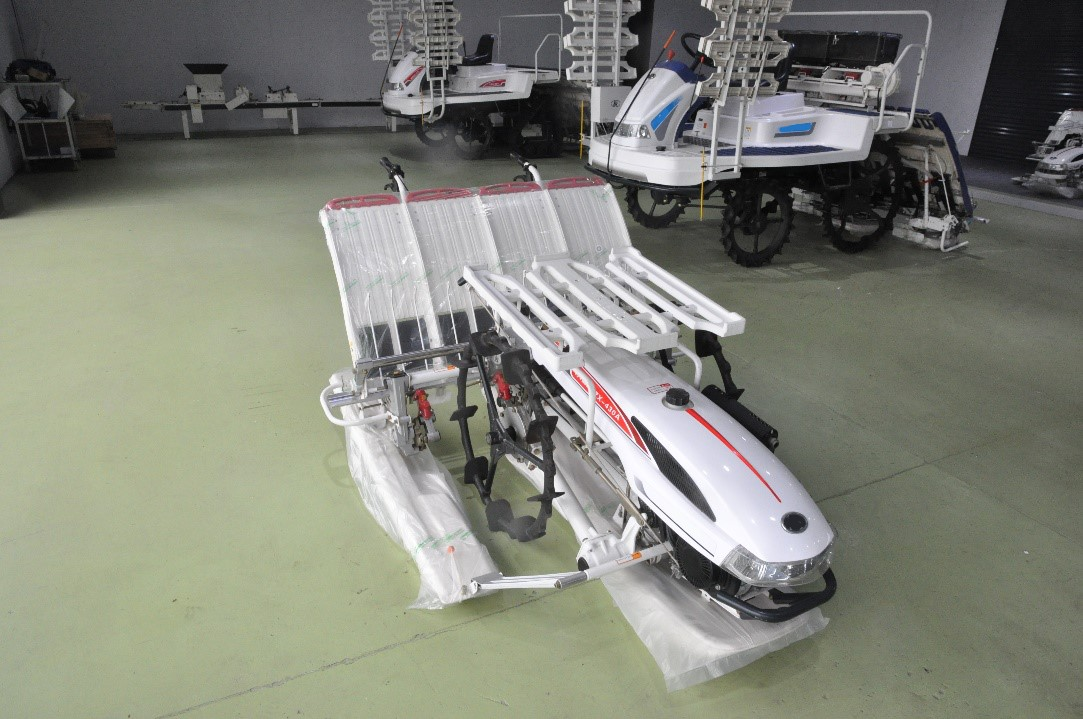High-speed rice transplanter M-60