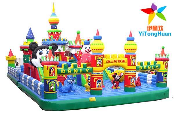 充气迪士尼城堡