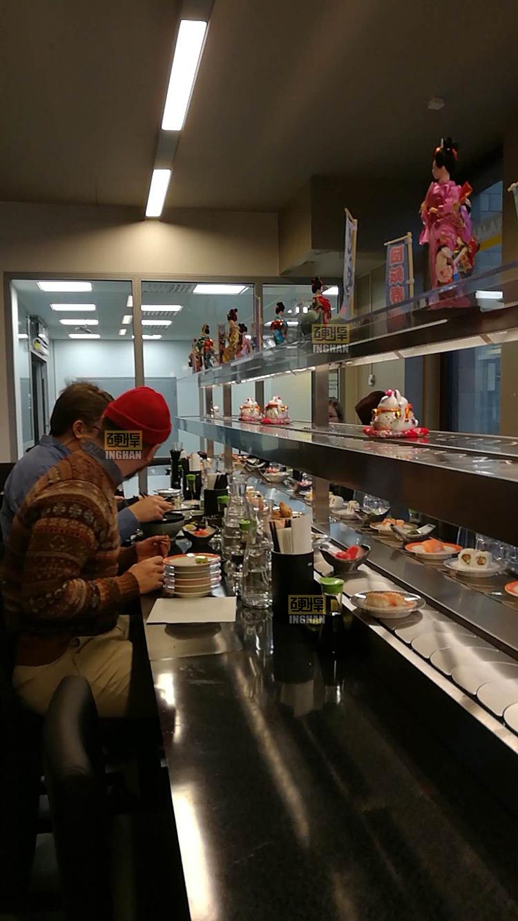 出口国外回转寿司餐厅案例