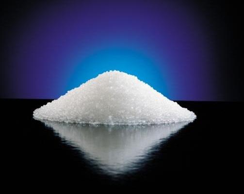 硫代硫酸钠又名大苏打、海波,为单斜晶系白色结晶粉末,易溶于水,不溶于醇;京和品牌硫代硫酸钠为白色颗粒性粉末,颜色正,透明度好,白度好,无其他杂质,含量高,干燥度好