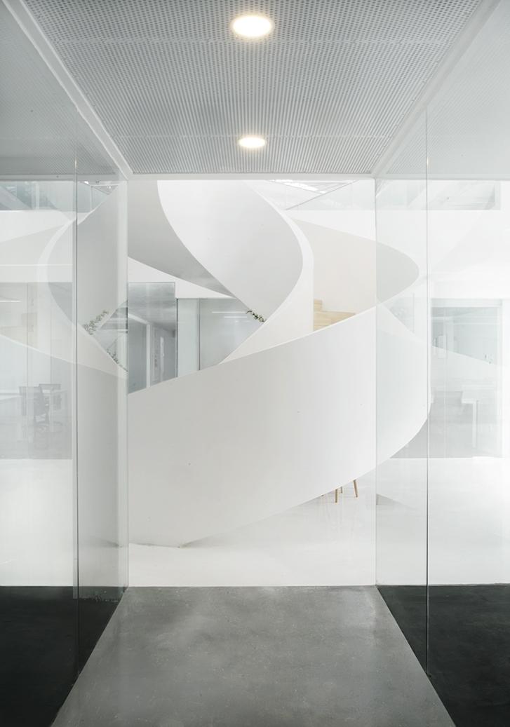 6-中庭走廊