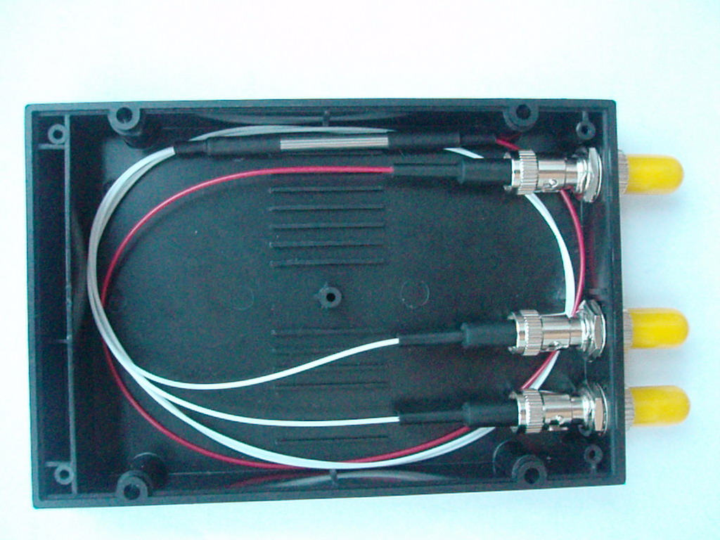 ST法兰式光纤分路器(Flange Box Fiber Optic Splitter)