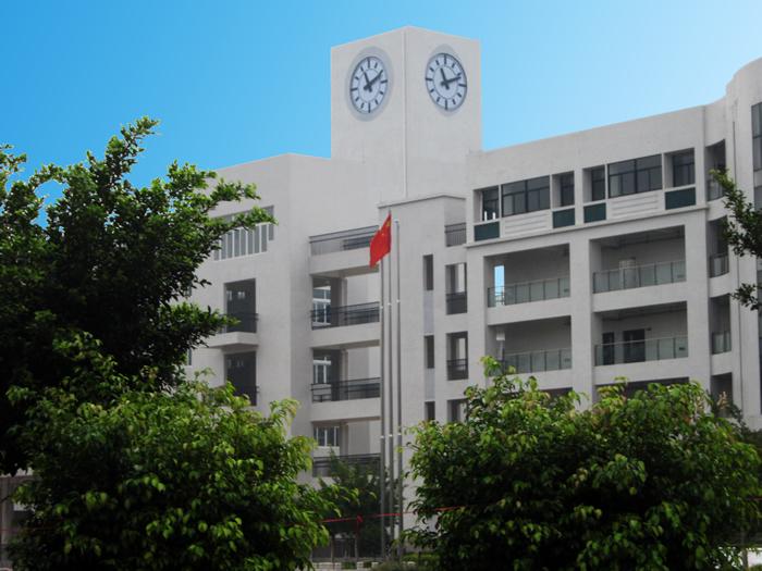 广东广州市培英中学塔钟工程