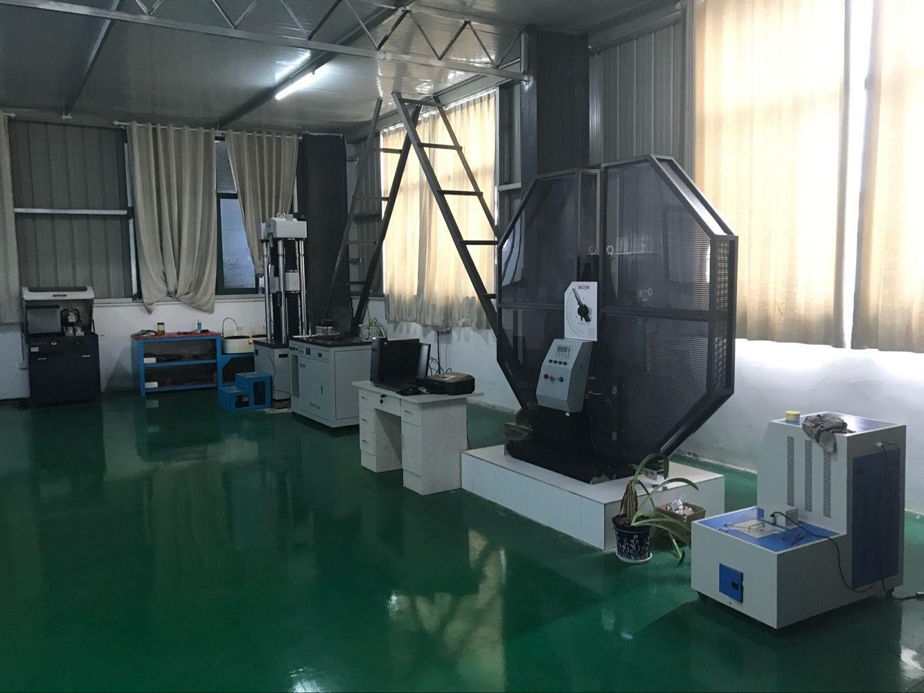 力学性能检测室