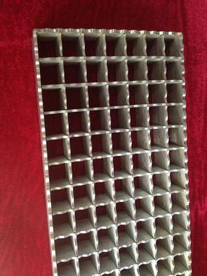 鋸齒形高度防滑不銹鋼格柵