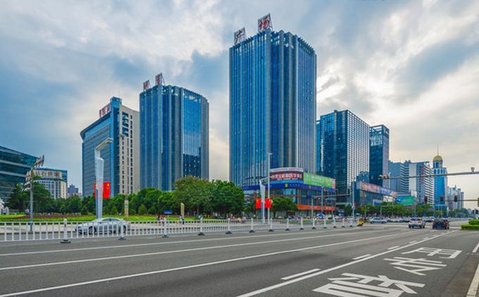 东莞 · 财富广场