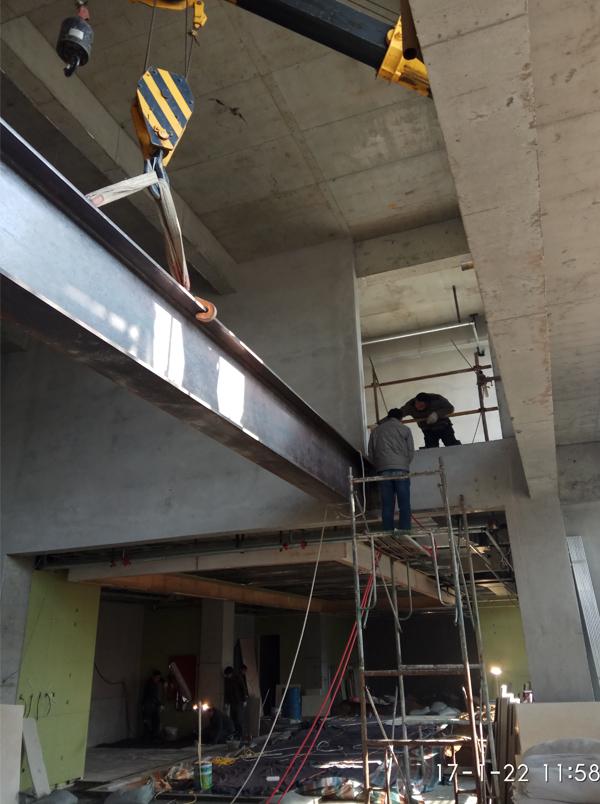 钢结构承重梁
