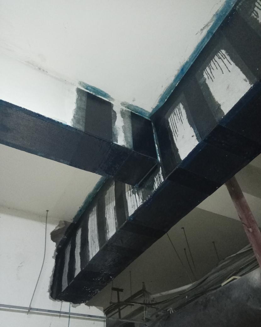 梁粘贴碳纤维