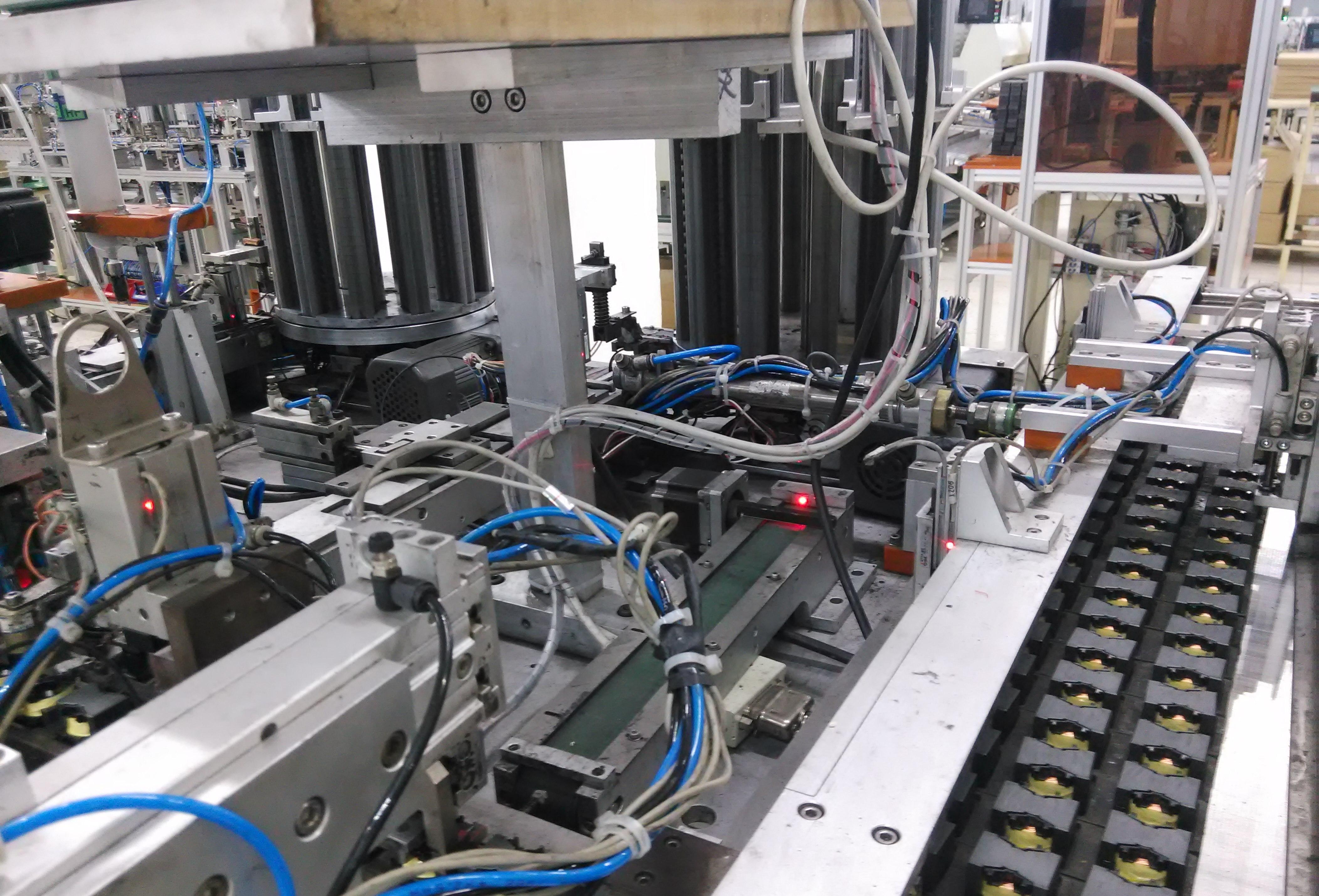 变压器磁芯自动组装
