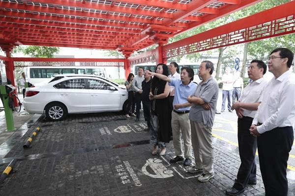 马凯:始终坚持发展新能源汽车国家战略不动摇