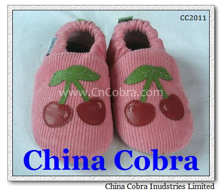 clothes baby shoes