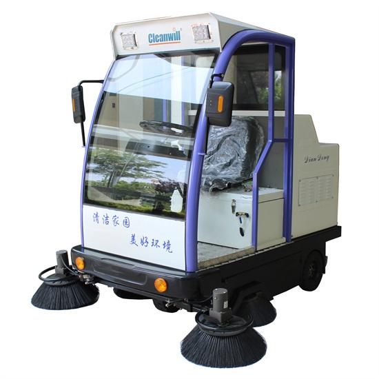 駕駛式掃地車SD1800