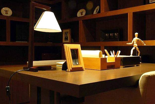 书房台灯选择
